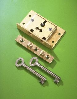 A & E Squire No.48 Brass Box Lock 50mm 2 Lever